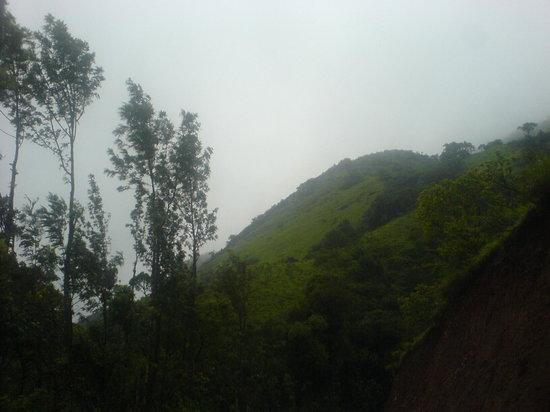 Mullayangiri